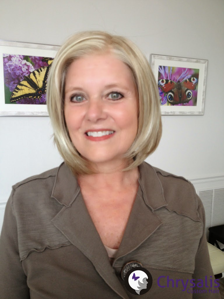 front view of blonde bob cancer wig with lacefront
