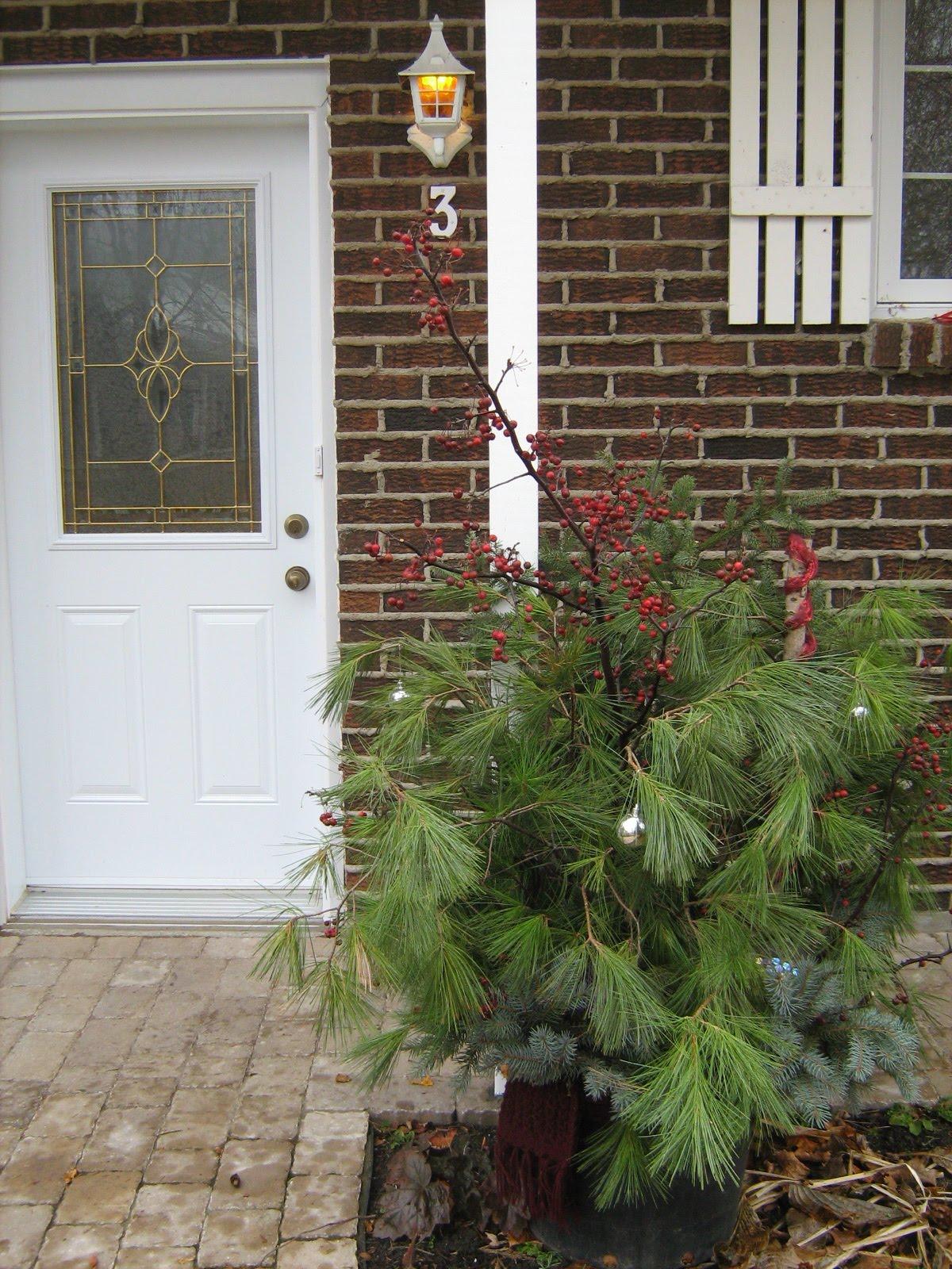 No l est notre porte - Noel est a votre porte ...