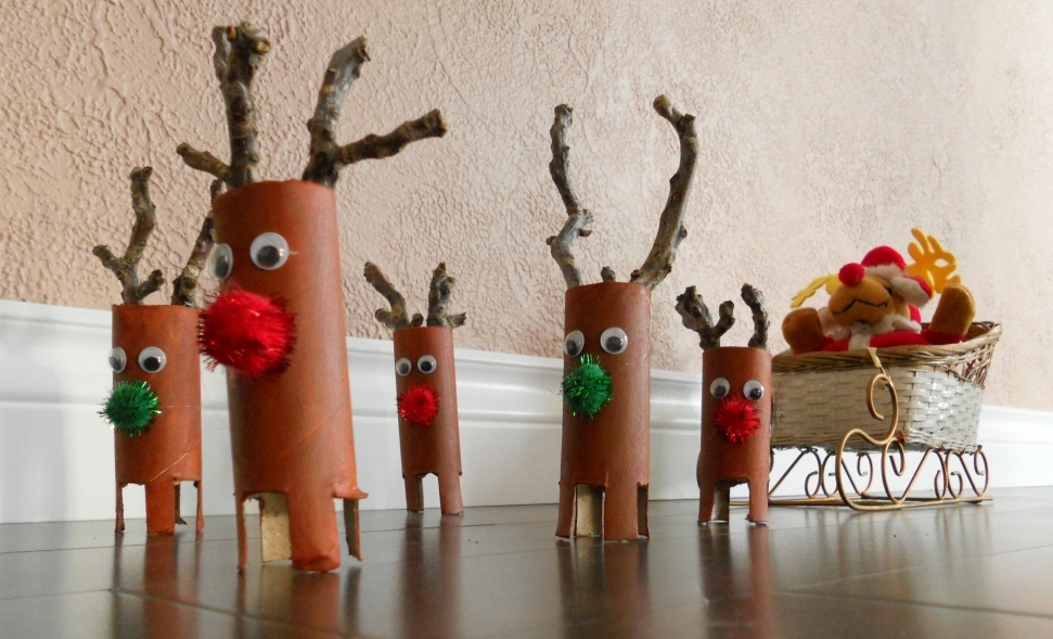 Snacking Squirrel How to Make Reindeer Ornaments ~ 043503_Christmas Decoration Ideas Using Toilet Paper Rolls