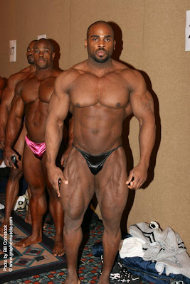 Unidentified bodybuilder backstage (what's his name?)