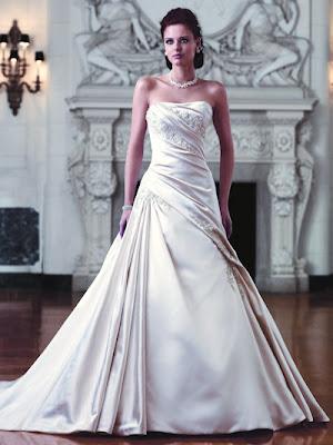 Asymmetrically Wedding Dress