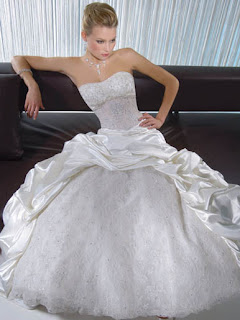 2010 Beauty Ball Gown Wedding Dresses