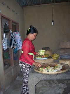 Ofrendas balinesas, Bali, Indonesia, vuelta al mundo, round the world, La vuelta al mundo de Asun y Ricardo