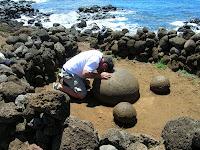 Ombrigo del mundo, Isla de Pascua, Easter Island, vuelta al mundo, round the world, La vuelta al mundo de Asun y Ricardo