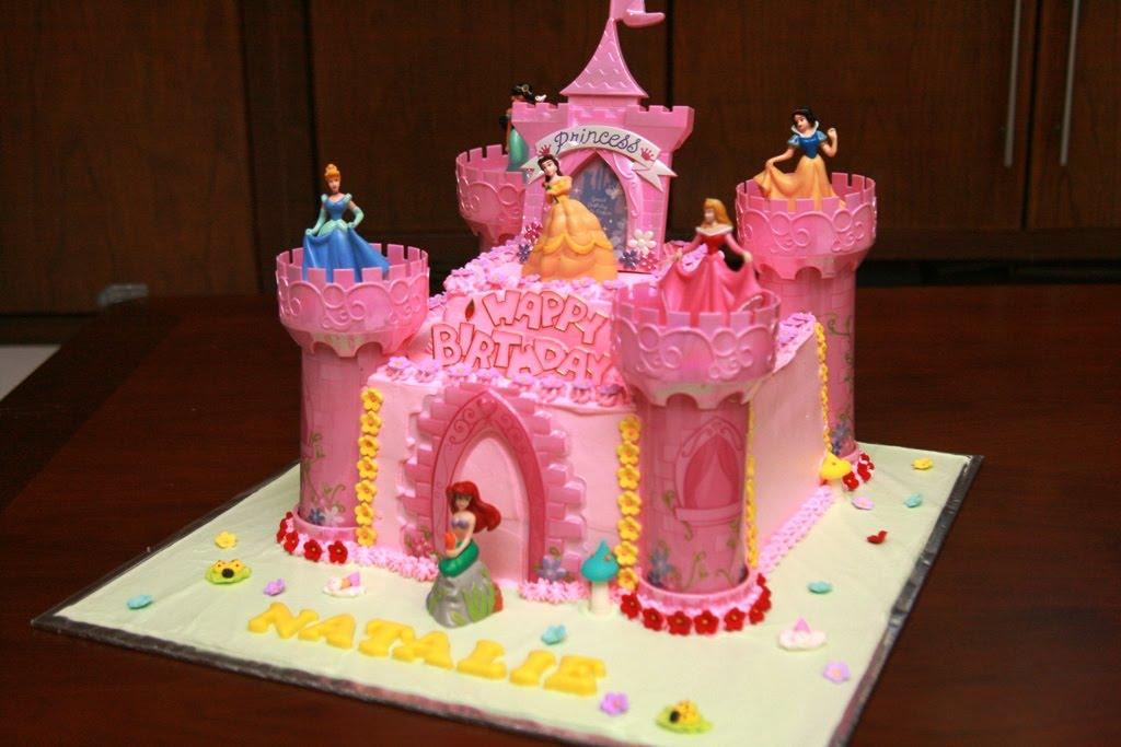 Haven Bakery Obsolete Design Princess Natalie Birthday Cake