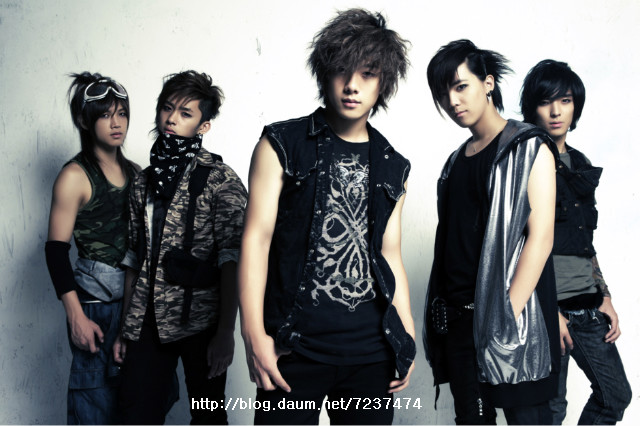 ft island wallpaper. FT island ;)