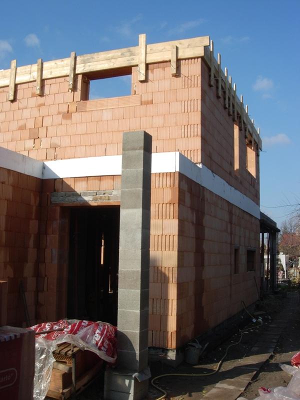 A házépítés rejtelmei!: Emeleti koszorú zsaluzás.