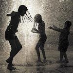 Viver não é esperar a tempestade passar ....é aprender como dançar na chuva!!!!