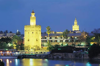 borrowed from this place: http://es.studylanguages.org/images/sevilla/sevilla2.jpg
