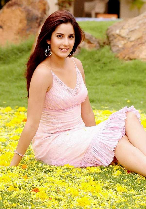 wallpaper of katrina kaif_09. Katrina Kaif