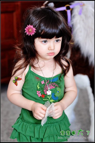 World's Most Cute Little Baby Girls Photos Seen On Infotainment.pk