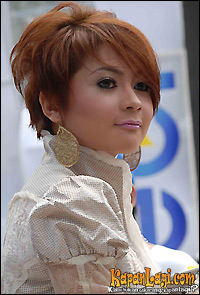 Indah Dewi Pertiwi Mp3