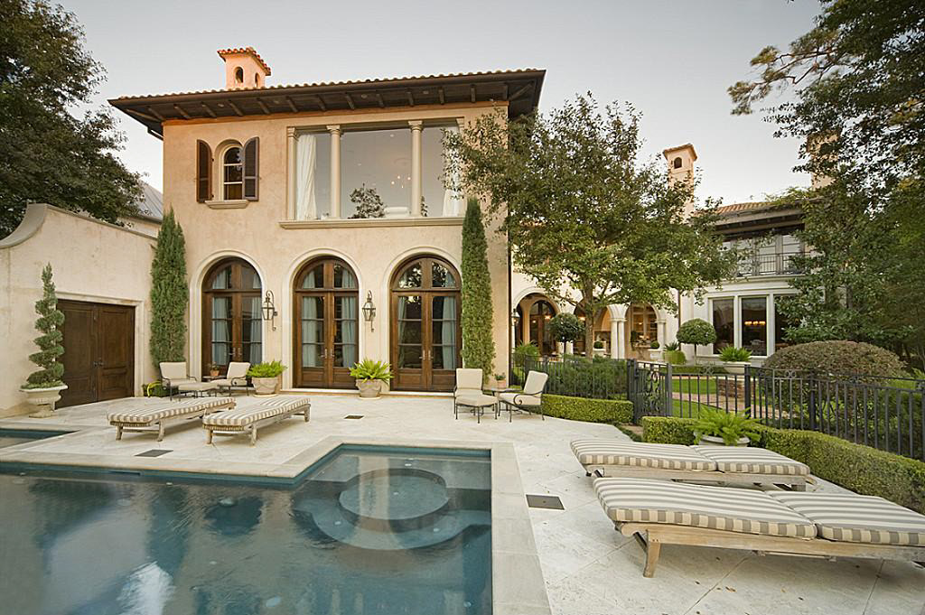 Mediterranean home in the memorial park section of houston for Mediterranean homes images