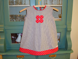Barn klänning 200 kr