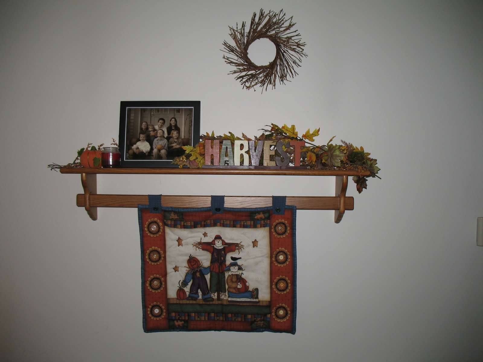 OLD HOUSE HOMESTEAD: Fall Decorating Ideas