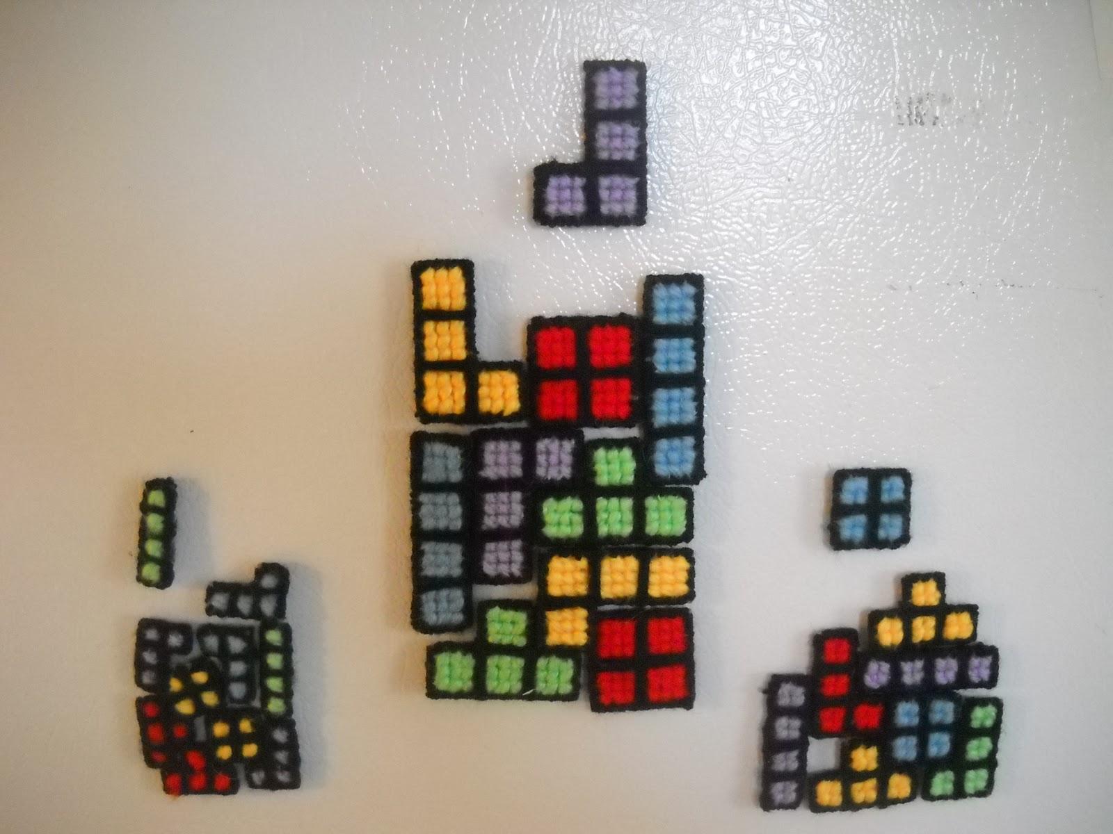 les cr ations babellune aimants de frigo tetris. Black Bedroom Furniture Sets. Home Design Ideas