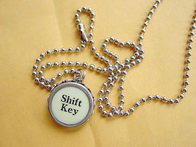 jenson-vintage-typewriter-key-necklace