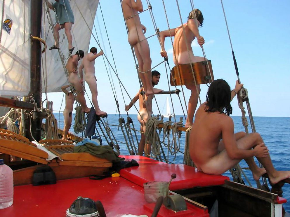 [bareparty2+sailing_boys.jpg]