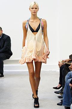 Color Fashion Trends BALENCIAGA Spring 2004 RTW