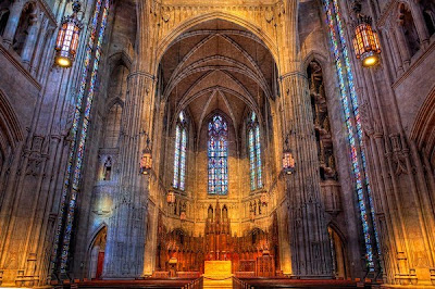 Awesome Spots for Sassy Posing :  wedding pittsburgh venue Heinz Chapel Inside