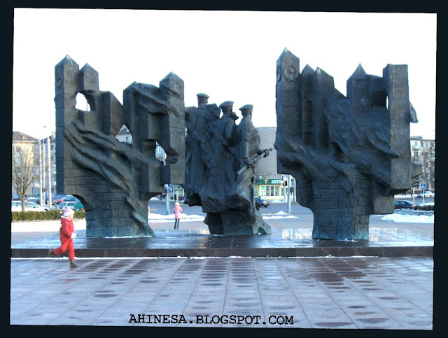 памятник советским пограничникам в Гродно