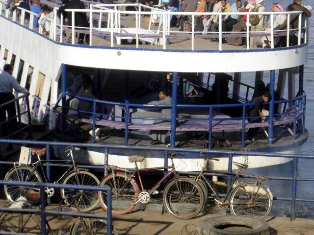 Ferry al West B.