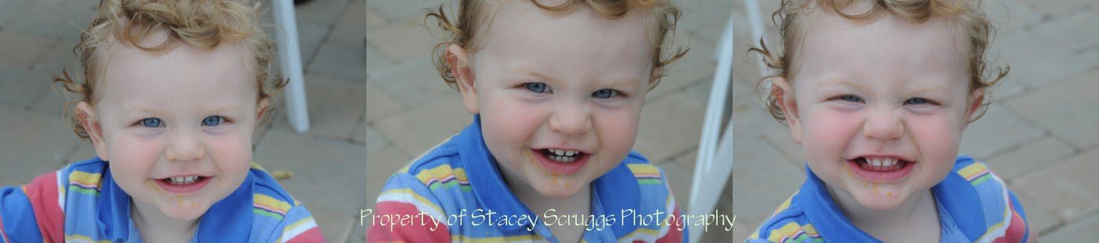 [Felix+smiling+strip+watermark.jpg]