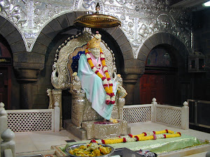 Sai Baba idol in Samadhi Mandir