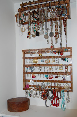Longstem Jewelry Organizer - organize and view your jewelry