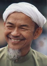 TOK GURU DATUK HAJI NIK ABDUL AZIZ NIK MAT