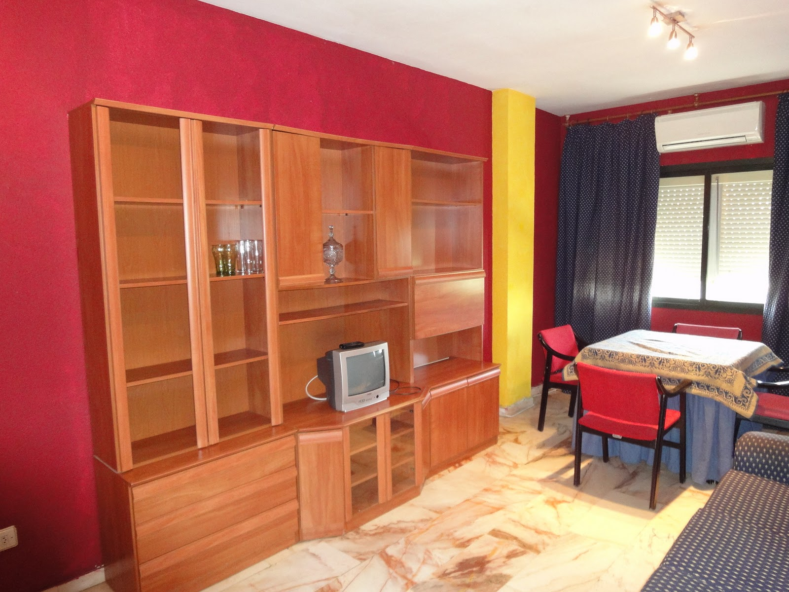 Alquiler de apartamentos en sevilla este apartamento for Alquiler apartamento vacacional sevilla