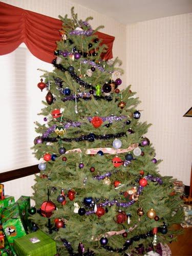[ChristmasTreeScoobieLivingroom]