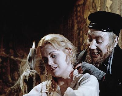 вампиры, фильмы о вампирах, вампиры в массовой культуре, носферату, живой мертвец, дракула, бесстрашные убийцы вампиров или извините но ваши зубы в моей шее, роман полански