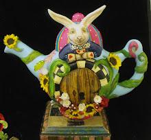 Wonderland teapot