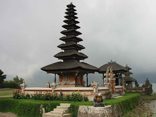 Bali Temple Wallpaper 1024 01