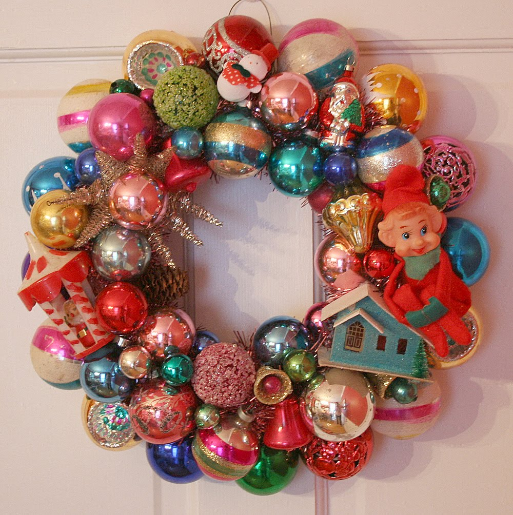 Oh by the way retro wreaths for Christmas decoration stuff