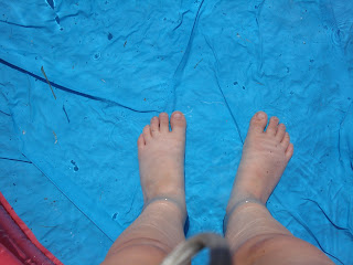 Top Enders feet in the padling pool