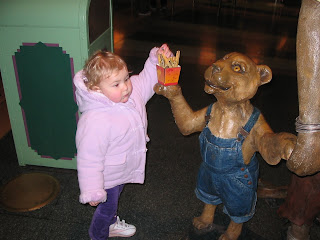 Top Ender stealing chips from a Lion at the LionKing show at Disney Land Paris 2006