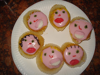 Smiley Face cup cakes