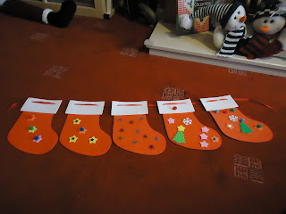 Stocking Garland on the Floor