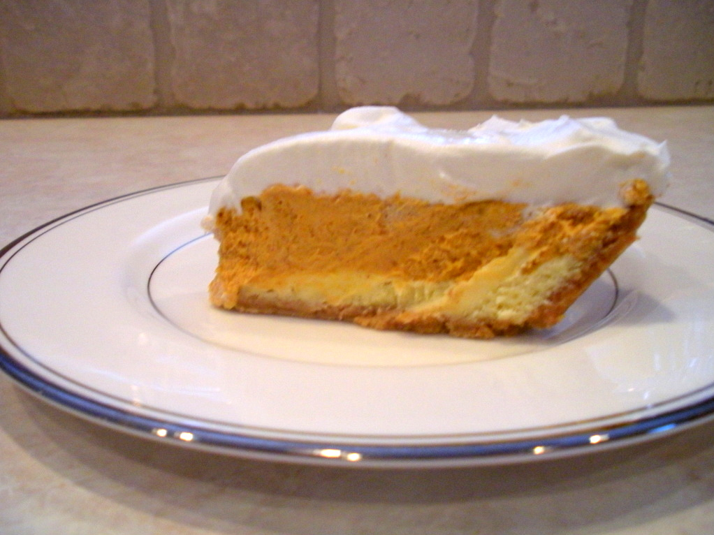 Adventures of a Blonde Baker: Double Layer Pumpkin Cheesecake