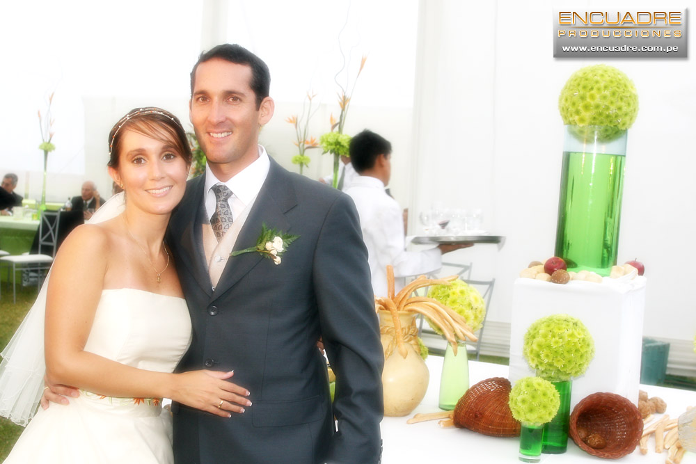 Matrimonio Simbolico En Lima : Boda de carla y josé alberto en barranco lima fotos