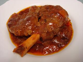 pierna cordero guisada salsa