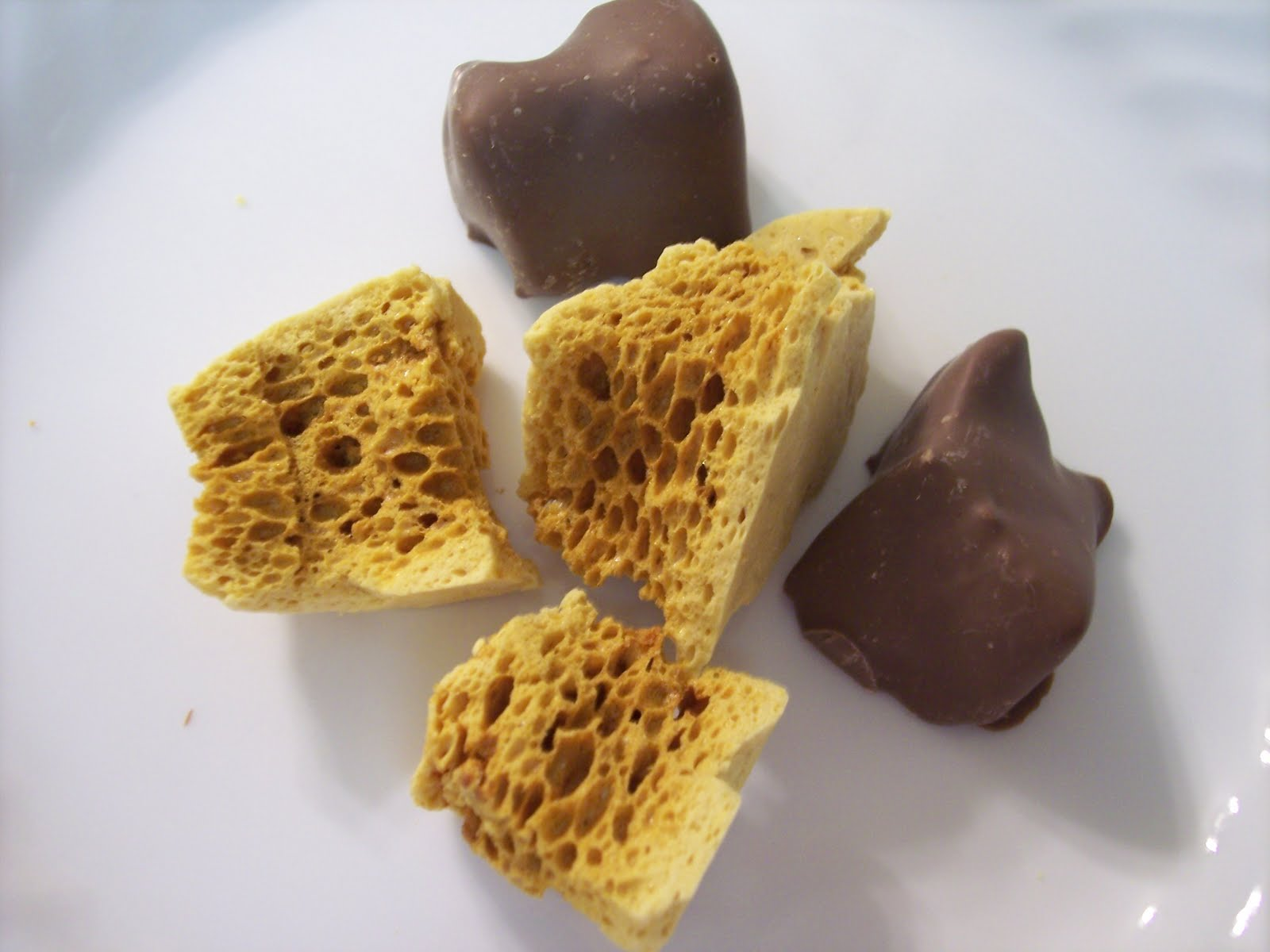 Old fashioned sponge candy 93