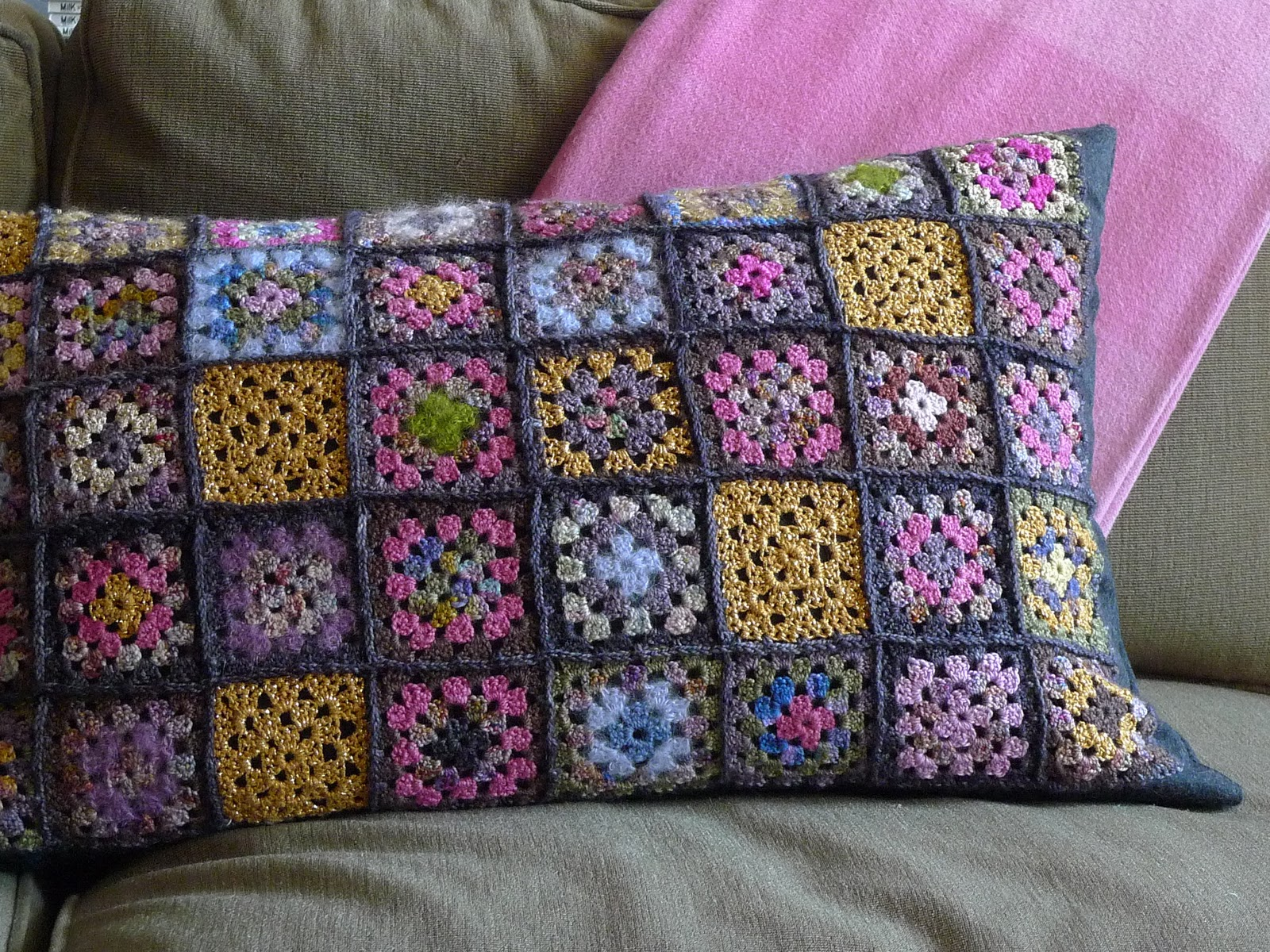 how to put an edge on a granny square