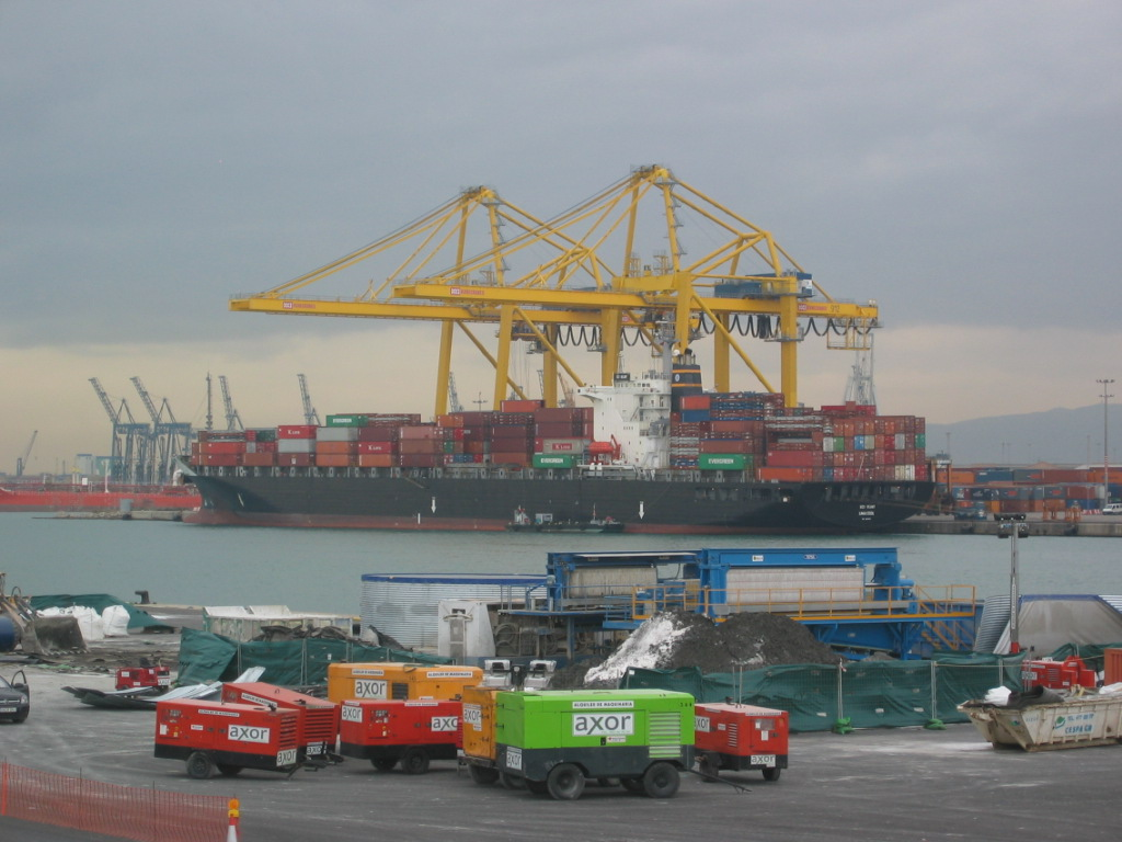 Low carbon shipping and air pollution control