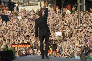 Barack Obama toma posse como novo presidente dos EUA