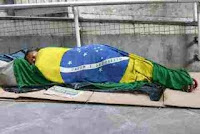 A situação dos brasileiros está ficando cada dia pior