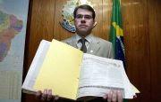 Advogado da AGU apresenta suas credenciais