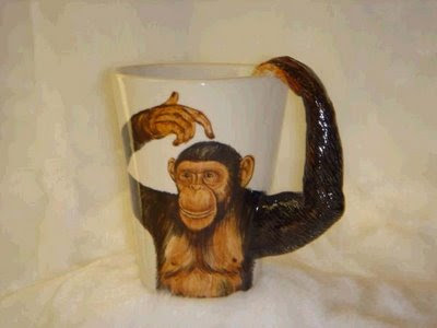 Monkey holding the cup optical illusion